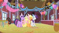 Main cast in Pinkie's party S1E25
