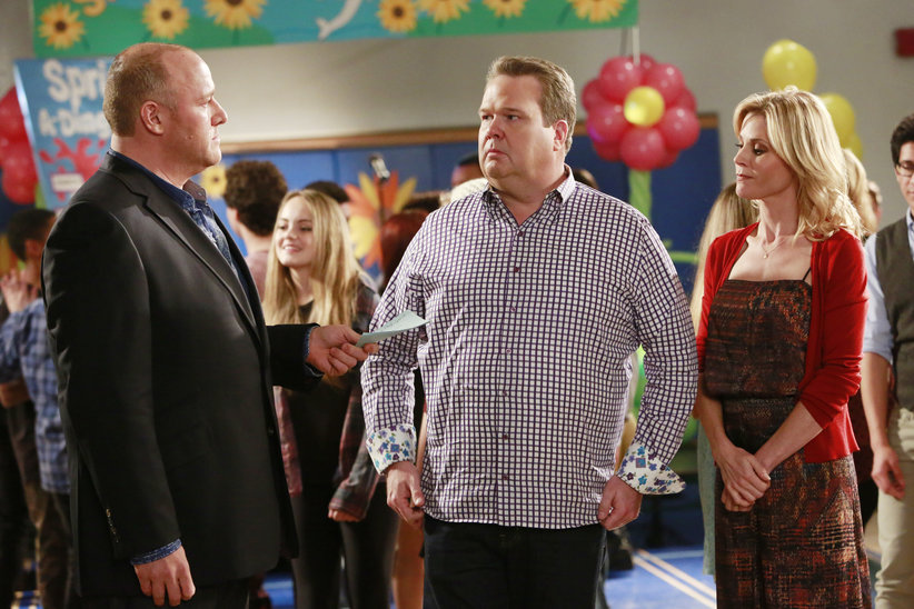 Spring-a-Ding-Fling | Modern Family Wiki | FANDOM powered by