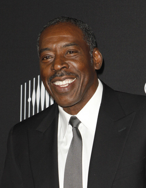 Ernie Hudson | Modern Family Wiki | FANDOM powered by Wikia Ernie Hudson Oz