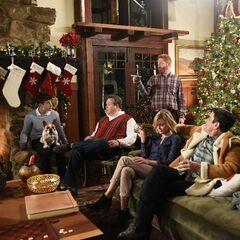 White Christmas Wiki.Modern Family White Christmas