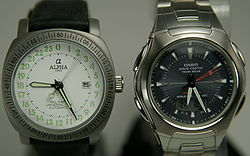 File:250px-Watch Mechanical Quartz Comparison.jpg