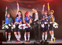 Momoclo Hotei Bakasawagi 2013