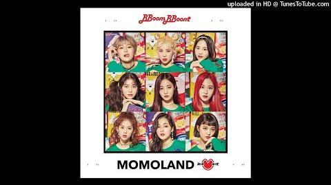 MOMOLAND - Same Same