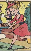 Madame Frufru (Mãe da Carminha)