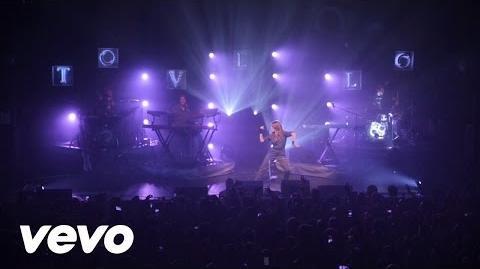 Tove Lo - Moments (Live At Terminal 5, NYC 2015)