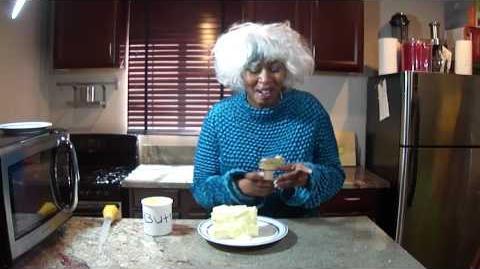 Paula Deen Makes Butter Pie Y'all ..