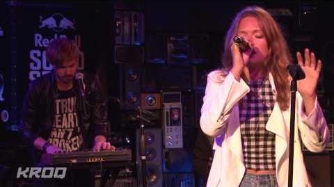 "Tove Lo - ""Habits (Stay High)"" Live at KROQ"