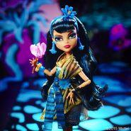 Diorama - Cleo's flower