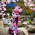 Diorama - waving from Japan.jpg