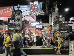 SDCCI 2010 - Monster High stand