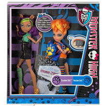 Clawdeen-and-Howleen-Campus-Stroll-2-pack-2