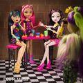 Diorama - Clawvenus's in Creepateria.jpg