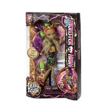 BJR40-Monster-High-Freaky-Fusion-Clawvenus-Doll-1
