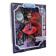 Clawdeen-Wolf-Scarily-Ever-After-2
