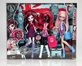Monster-High-Ghoulebrities-in-Londoom