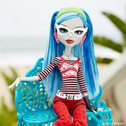 Diorama - Ghoulia's on the bench