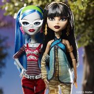 Diorama - Ghoulia and Cleo II