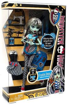 Monster-high-classroom-deluxe-doll-home-ick-frankie-stein-12 67255.1461141405