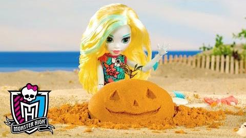 Happy Halloween, Lagoona Blue! Fangtastic Fall Series Monster High