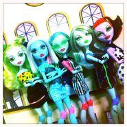 Diorama - SKRM quintet lineup