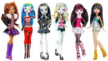 Doll stockphotography - Original Ghouls Collection 6-pack