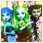 Diorama - waiting SKRM trio
