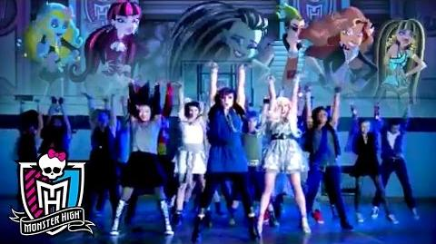 """Fright Song"" Official Music Video Monster High"