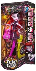 Cbp37 monster high freaky fusion operetta doll-en-us