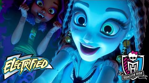 Monster High Electrified Movie! A Stunning Exclusive Premiere Electrified Monster High