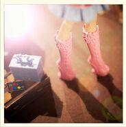 Diorama - Viperine's shoes