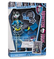 Monster-high-frankie-stein-doll-y7697
