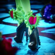 Diorama - Venus's flower shoes