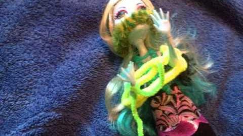 Monster High Dreams - S2 E10 - Swamp Monsters!