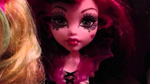 Monster High Dreams - S2 E3 Freak Peek - No Party!