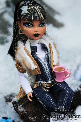 File:Winter Cleo.jpg