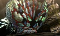 MH4U-Dalamadur Chest Break 002