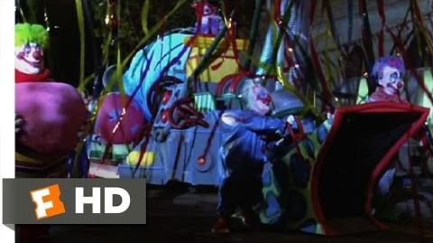 Killer Klowns from Outer Space (7 11) Movie CLIP - Clown Invasion (1988) HD