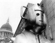 Cybermen2