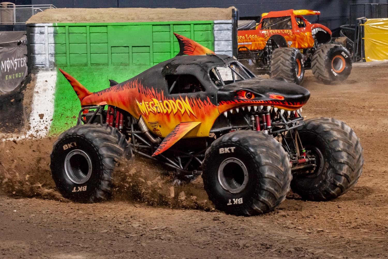Megalodon Fire | Monster Trucks Wiki | FANDOM powered by Wikia