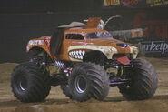 1200px-Monster mutt