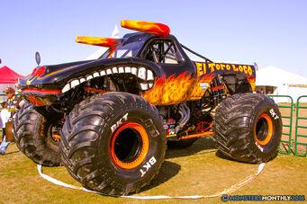 88-monster-jam-trucks-world-finals-2016-pit-party-monsters-monthly-sam-boyd-stadium-las-vegas-nevada
