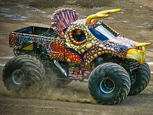 Jurrasic-attack-monster-truck