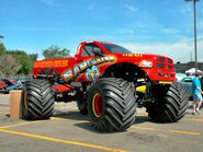 Bestnewtrucks.net 2005-dodge-ram-fiberglass-body- raminator -monster-truck-red-fvr- 2005-ww wd-proc -dscn7917