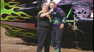 Grave Digger vs Bulldozer Freestyle from St. Louis 1999