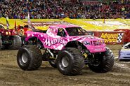 Madusa 2011 MonsterJam IMG 5990-sm