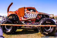 92-monster-jam-trucks-world-finals-2016-pit-party-monsters-monthly-sam-boyd-stadium-las-vegas-nevada