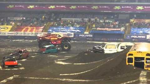 MONSTER JAM 2011 Costa Rica - IRON MAN in MacDonalds Big Box