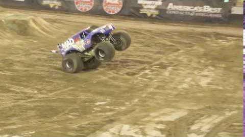 VP Racing Fuels Mad Scientist - Lee O'Donnell Front Flip - Monster Jam World Finals XVIII