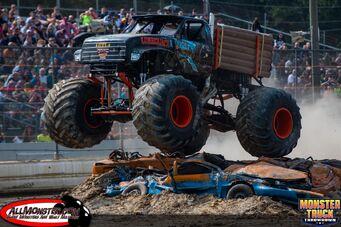 Bridgeport-monster-truck-throwdown-sunday-2017-031
