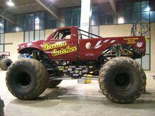 MonsterTrucks023